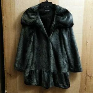 💥SALE💥 Ellen Tracy Gray Silver Faux Fur Coat S
